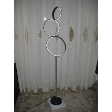 The acrobats three circles floor lamp